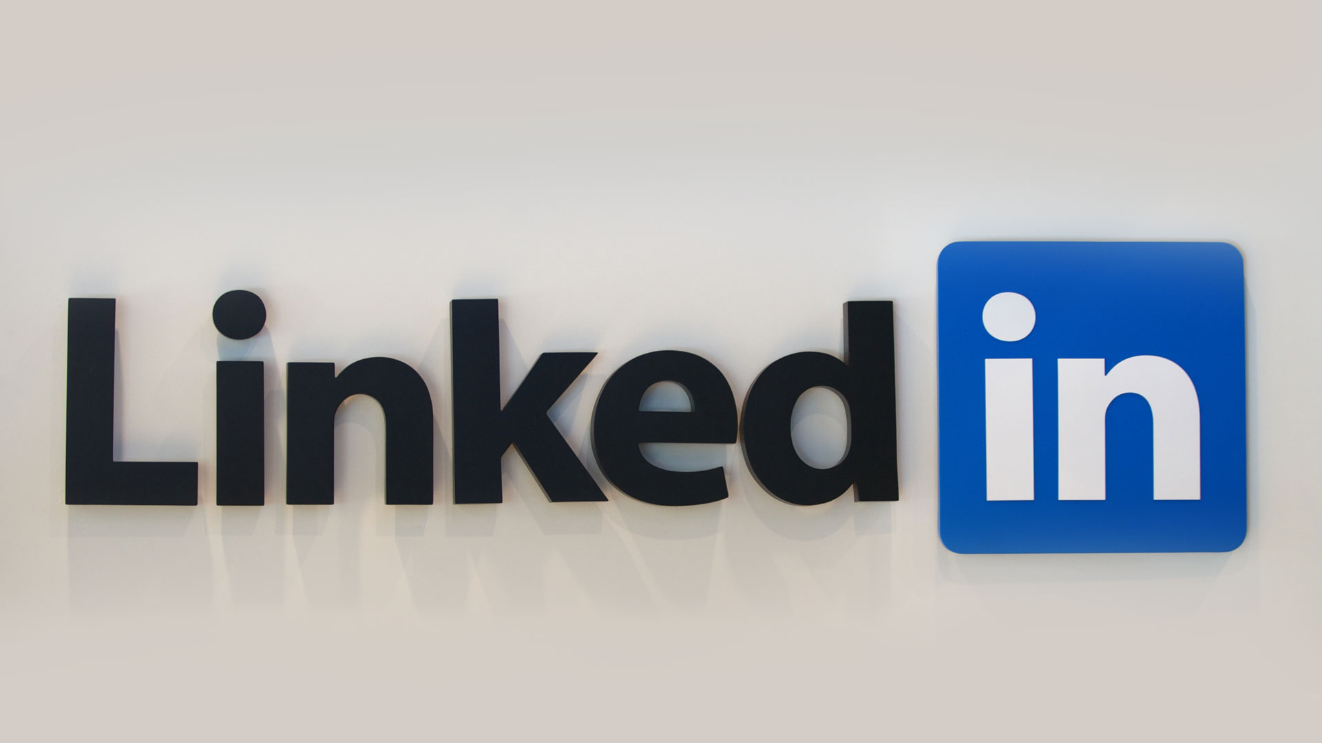 10 tips for building your LinkedIn profile!