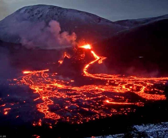Fagradalsfjall is lighting up Iceland!